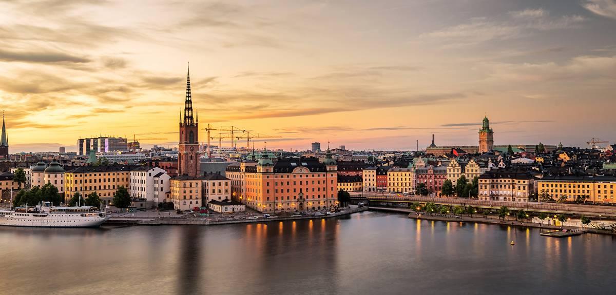 Христианскую службу в церкви Стокгольма посетило 200 человек
