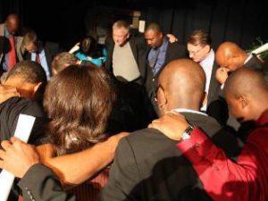 Христианскую службу в Вашингтоне посетило свыше 1500 человек
