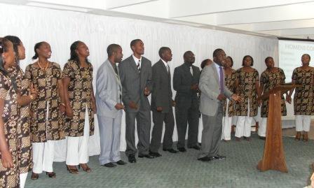 Христианская церковь в Мозамбике собрала 300 человек