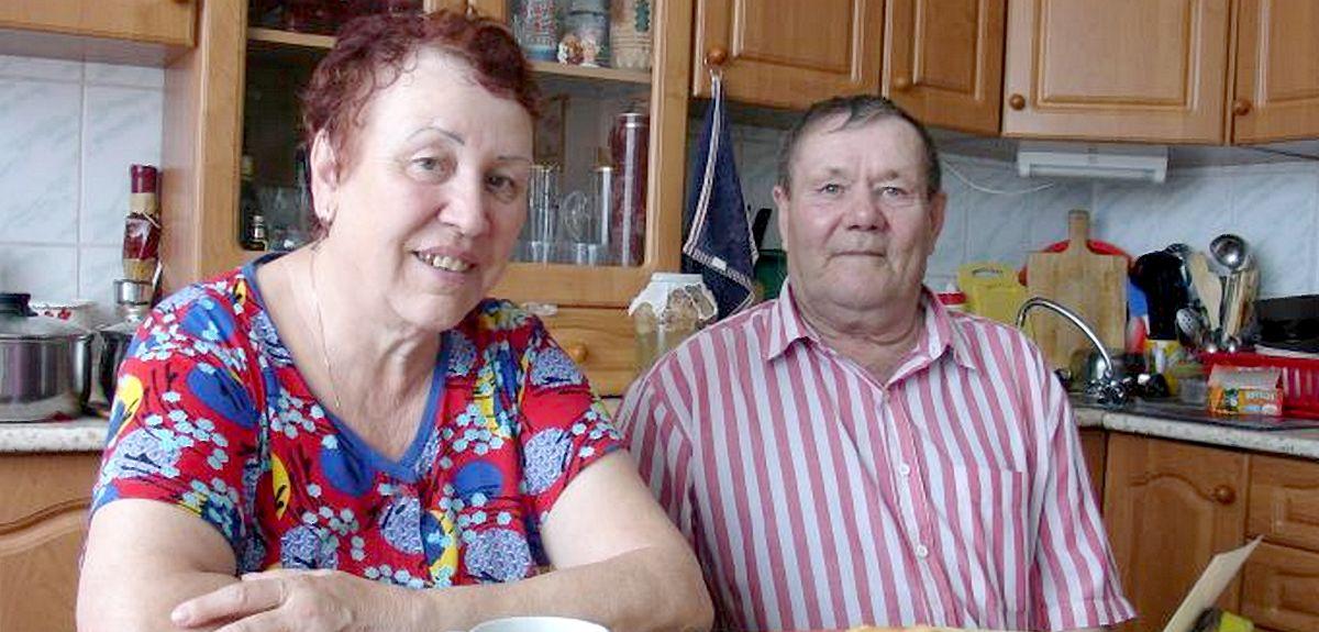 В Новосибирске крестилась взрослая семейная пара