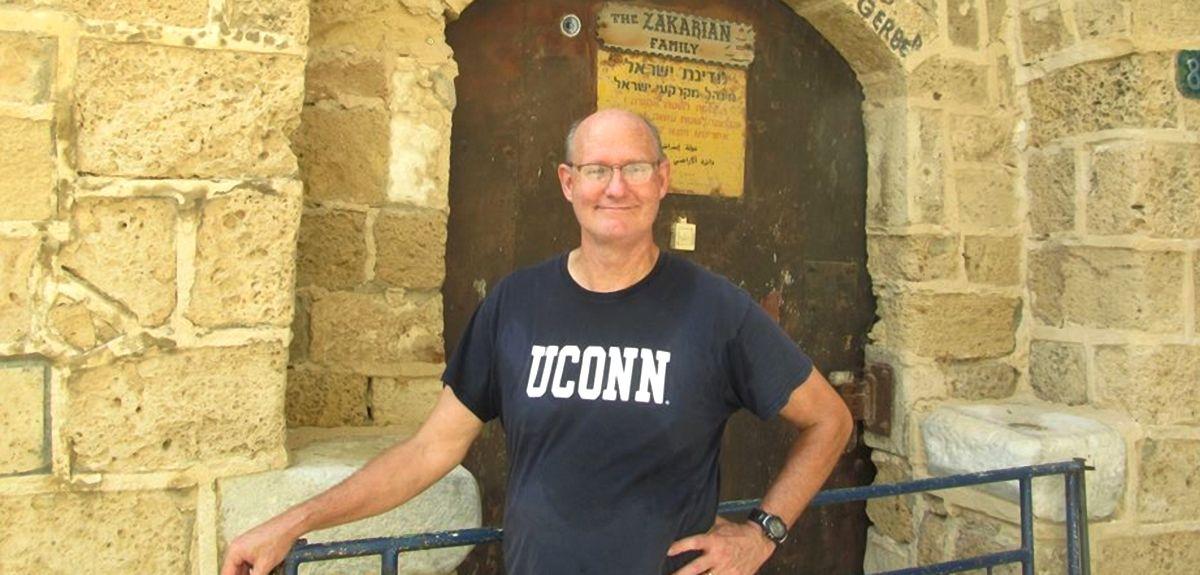Джон Окс (Оакс) - христианский учитель, автор книг и статей
