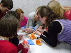 Как волонтеры в Кургане помогают детскому дому