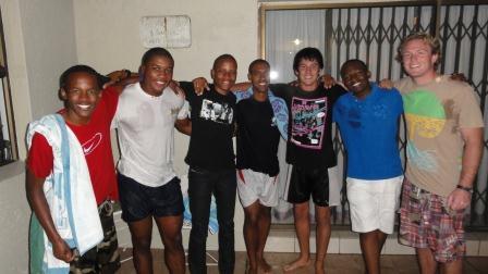 Молодежь и студенты Йоханнесбурга, с хорошим началом!