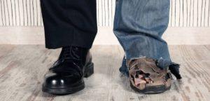 Равенство в христианстве: раздать все имущество и деньги?