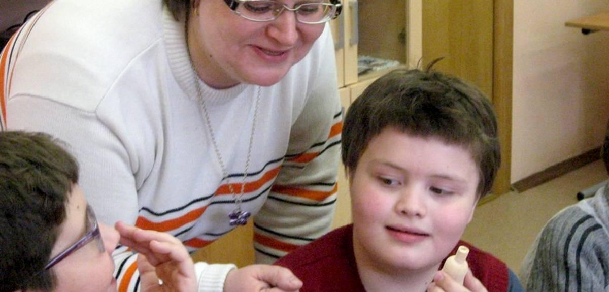 Волонтеры московской церкви служат детям с нарушением зрения