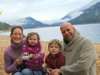 Истории усыновления: чудо в семье Шокли