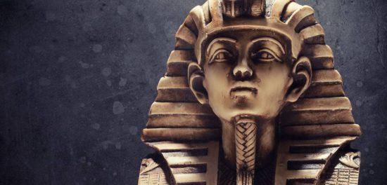 Моисей и Фараон: пророк обманул великого правителя Египта?