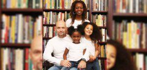 Истории усыновления детей со всего мира: семья Тони и Дениз