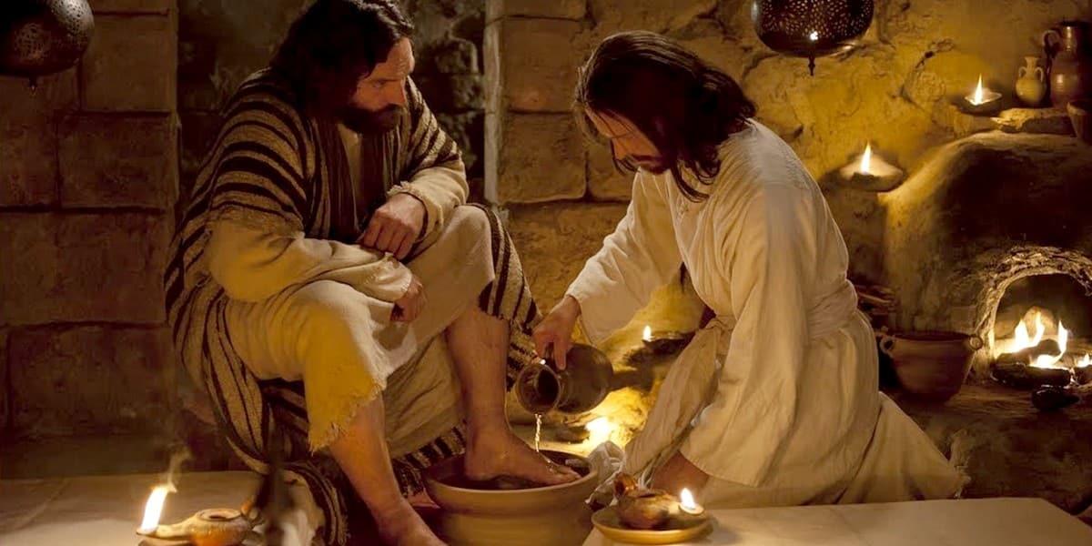 Мыть ноги друг другу - заповедь для всех современных христиан?
