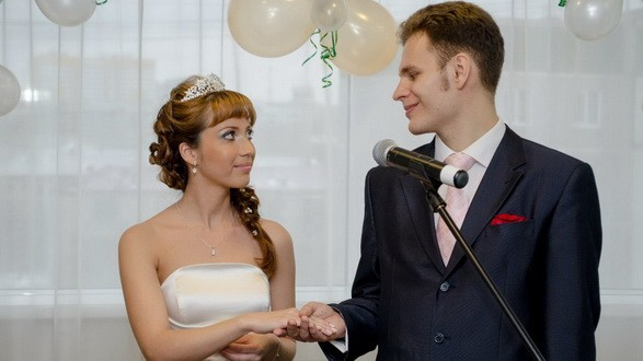В екатеринбургской церкви состоялась свадебная церемония