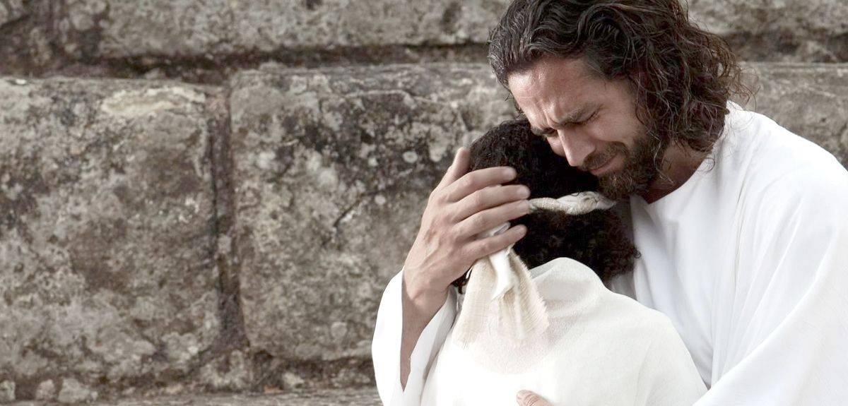 Кто может прощать грехи согласно Библии - разве только Бог?
