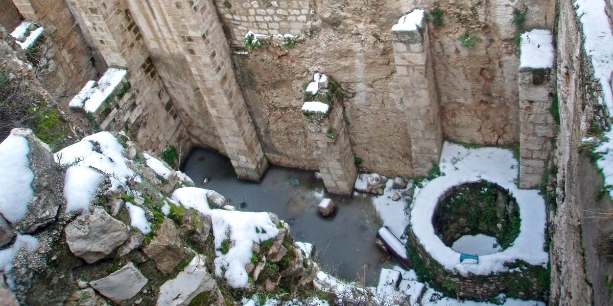 Купальня Вифезда (овчая купель) найдена археологами в Иерусалиме