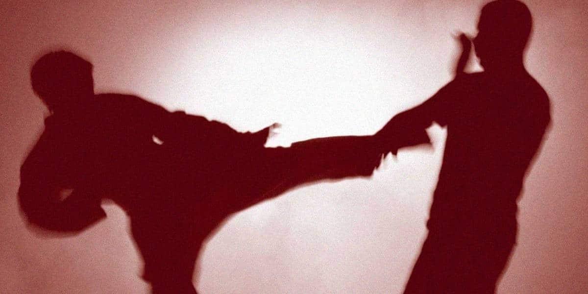 Может ли христианин применять силу для самообороны?