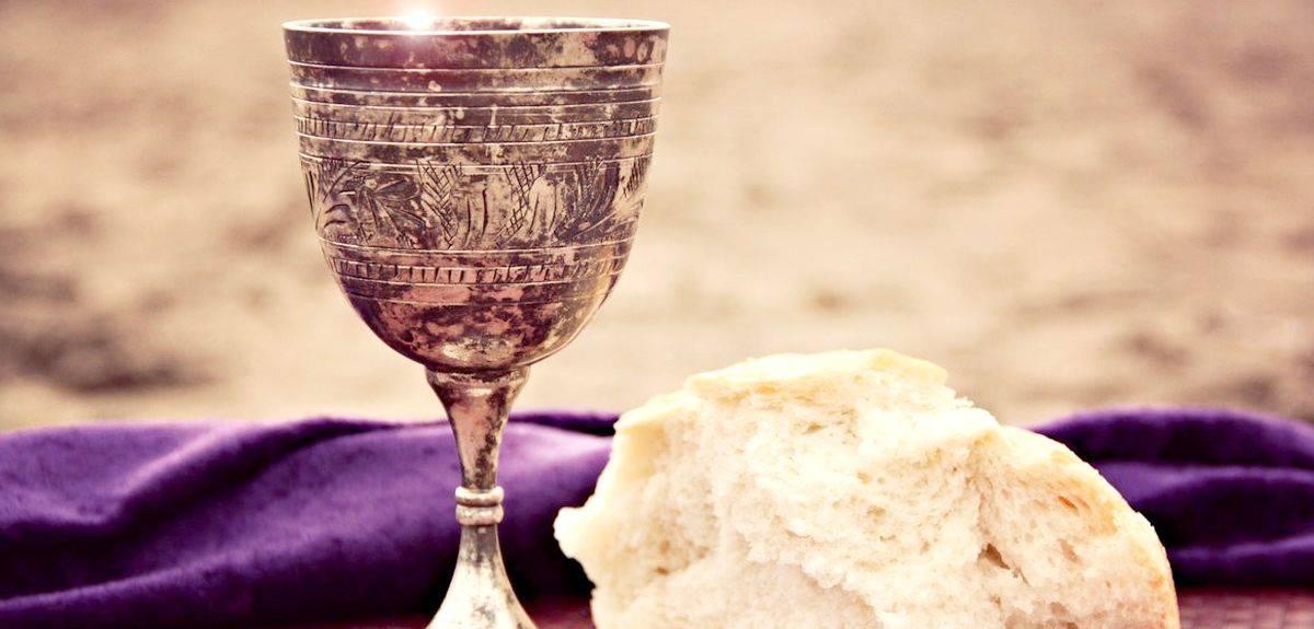 Может ли не христианин причащаться в церкви?