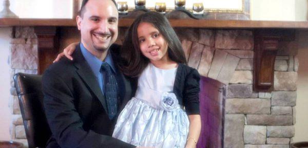 Более 3000 христиан Нью-Йорка вместе славят Бога