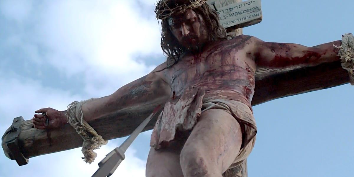 Кому Бог принес в жертву Иисуса Христа и с какой целью?