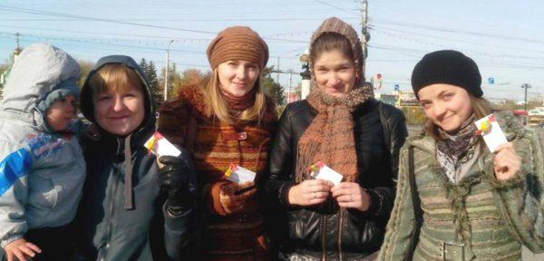 """Церковь в Омске поставила """"Рождественскую сказку"""" для детей"""