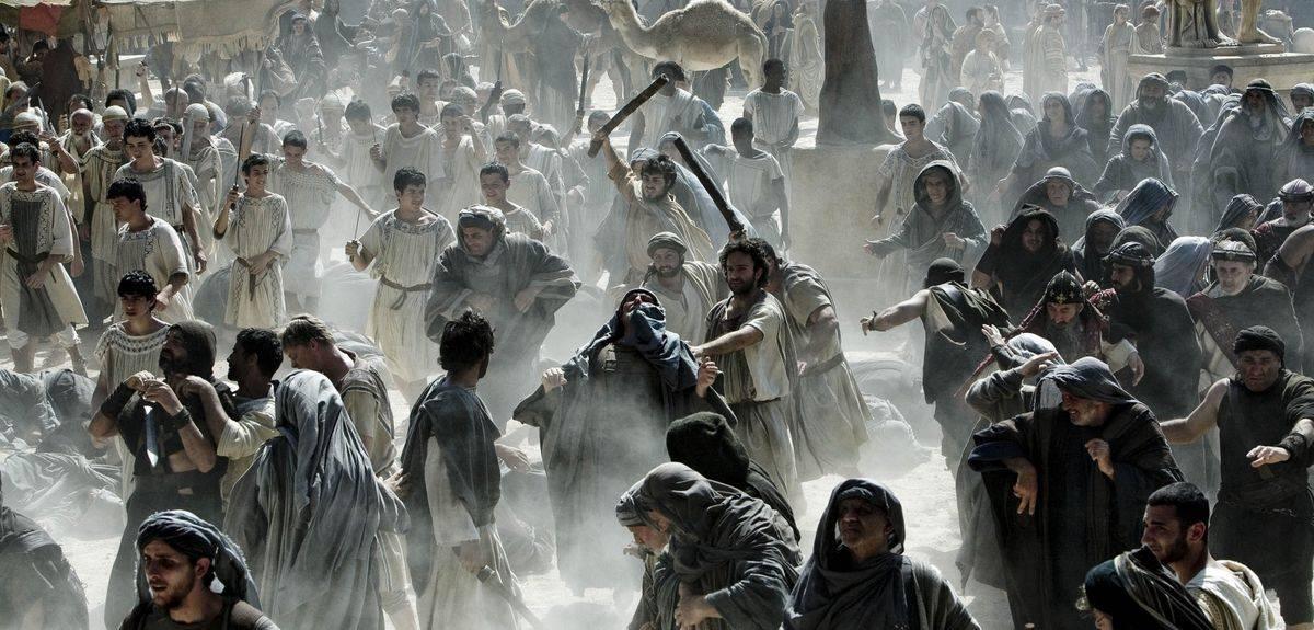 Почему гонения на христианство сильнее, чем на другие религии?