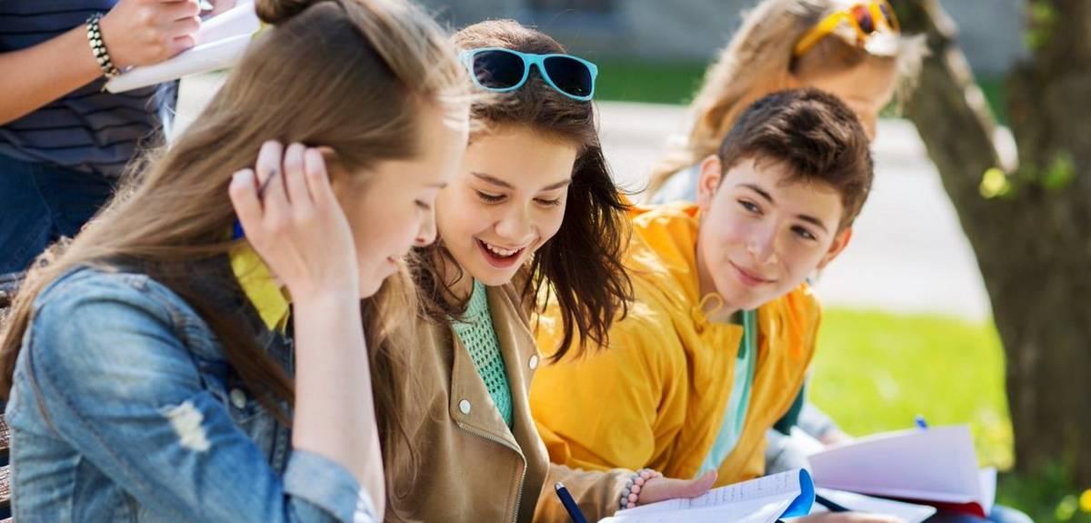 100 полезных отрывков из Библии для подростков и не только