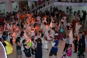 II Танцевальный Белый Бал юных Принцев и Принцесс в Новосибирске