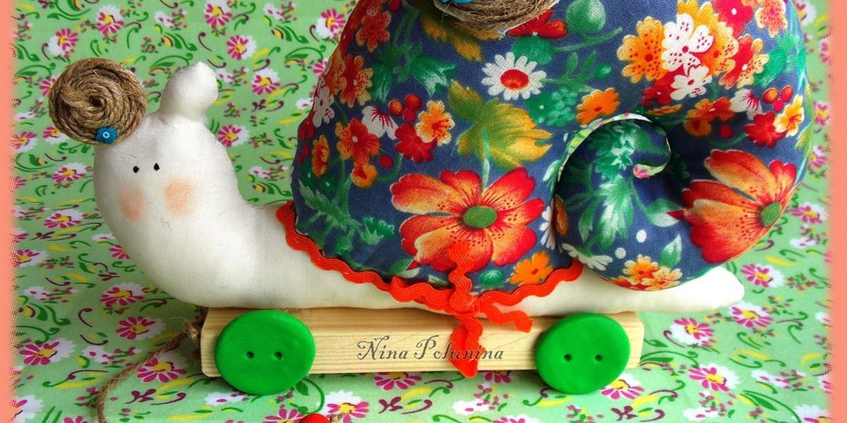 Любимое дело: вышивка нитками и плетение украшений