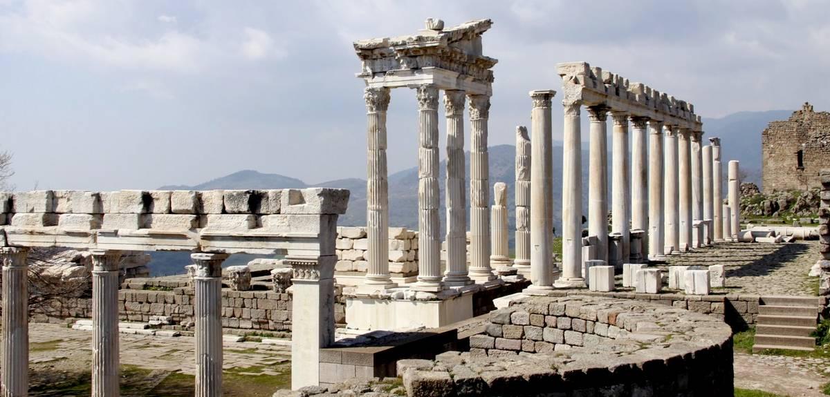 Послание Пергамской церкви. Откровение семи Церквям