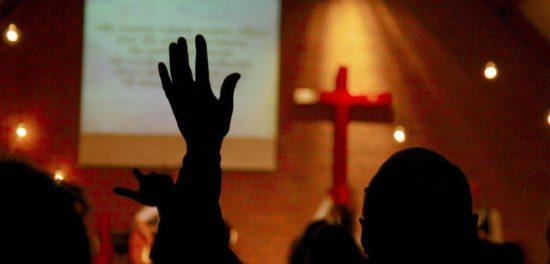 Кто должен управлять церковью - быть в лидерстве церкви?