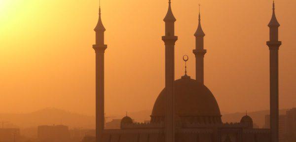 Почему в мире так много религий - разве Бог не един для всех?