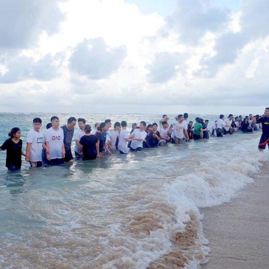 На христианской конференции на Бали крестилось сразу 50 человек!