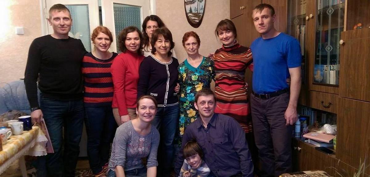 Крещение в Аше: как молитвы близких помогли маме креститься