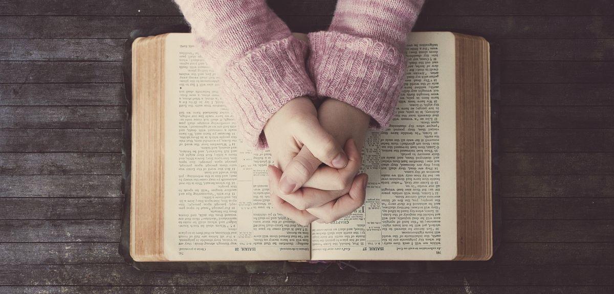 Суть Ветхого Завета в Библии - история отношений Бога и человека