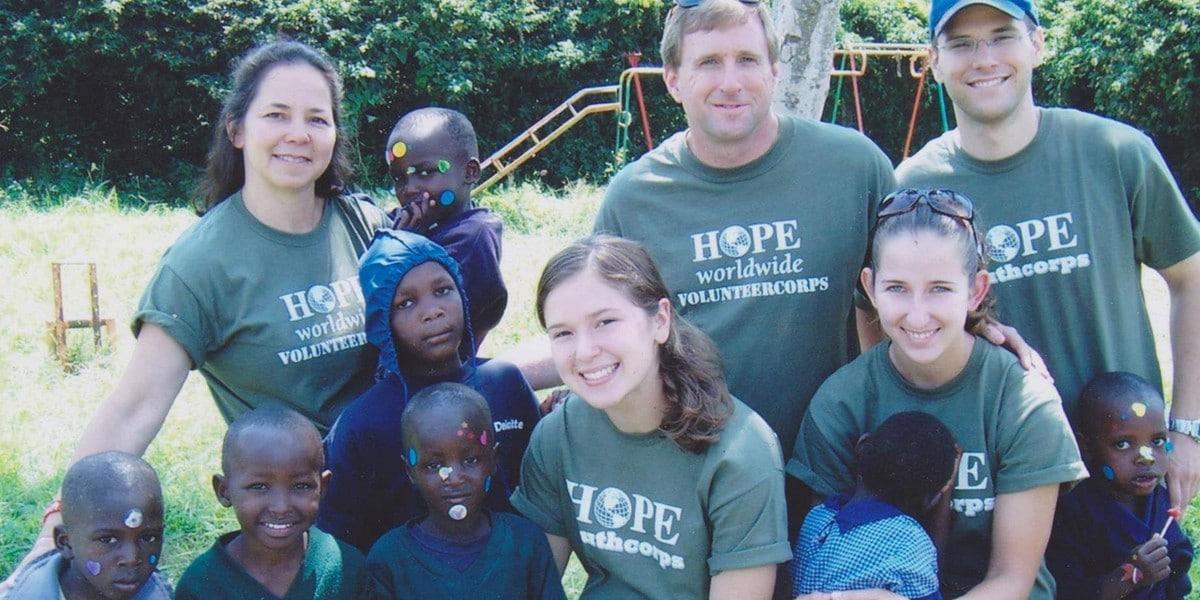 Как служение бедным меняет твое сердце: отзывы волонтеров