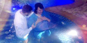 Крещение в Днепре: клиническая смерть помогла поверить в Бога
