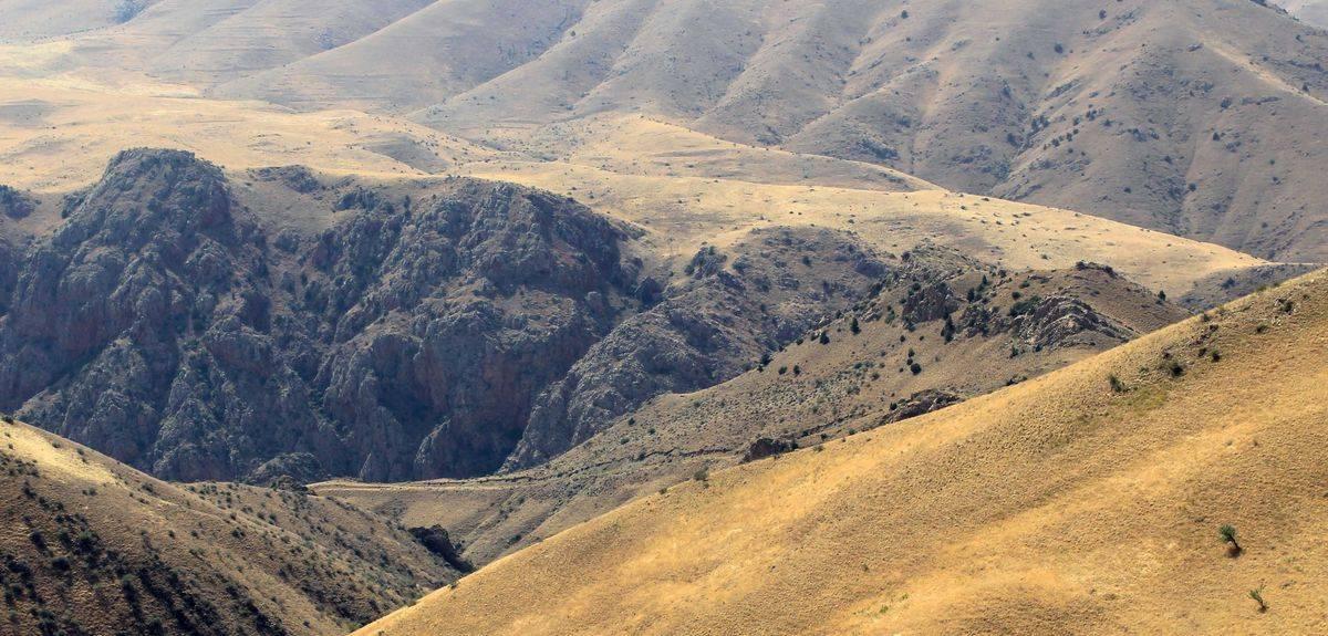 Где находится гора синай из Библии (в какой стране)?