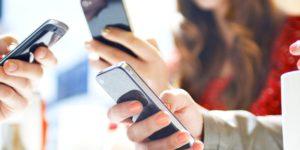 Мобильная зависимость подростка - 15 признаков родителям