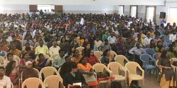 Крещение в церкви Тричи (Индия)