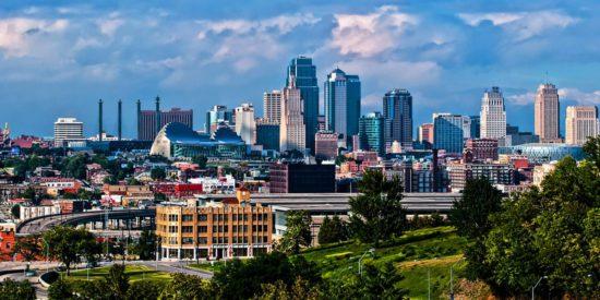 Христианская конференция лидеров в Канзасе, США