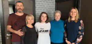 Друзья в церкви помогли узнать Бога: крещение в Екатеринбурге