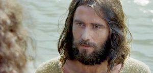 Для чего нужно креститься, если Иисус уже умер за грехи людей?