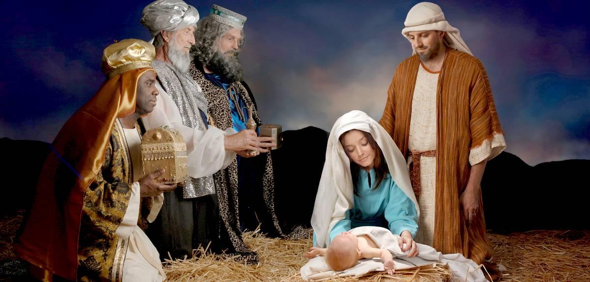 Правда, что мудрецы (волхвы) принесли дары Иисусу год спустя?