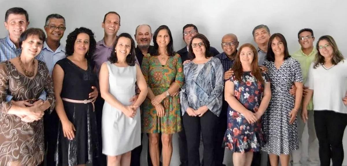 Церковь Христа в Сан-Паулу (Бразилия) назначает старейшин и евангелистов