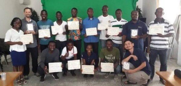 Студенты африканских церквей Христа выпускают новостной журнал