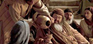 Превращение воды в вино: это первое чудо Иисуса Христа?