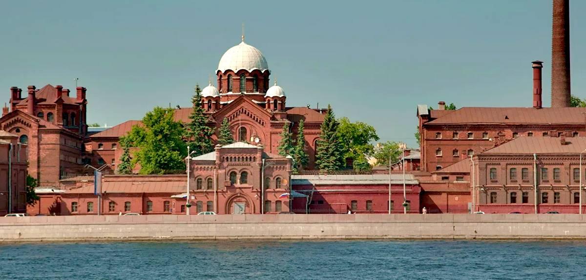 Церковь в Санкт-Петербурге начинает тюремное служение
