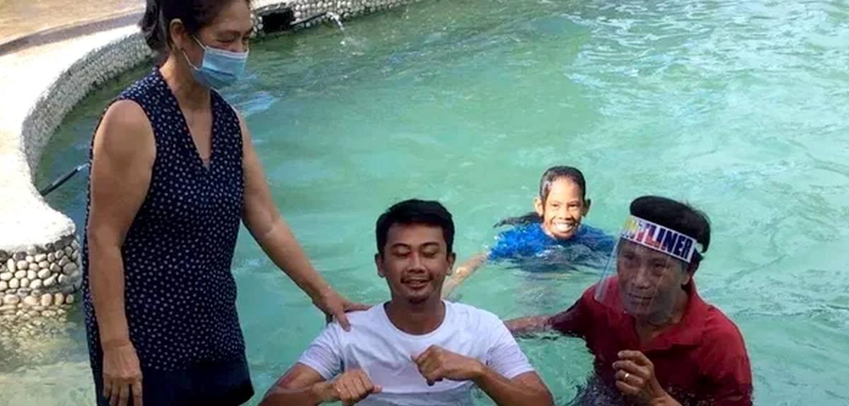 Карантин превратил отпуск в настоящее миссионерское путешествие
