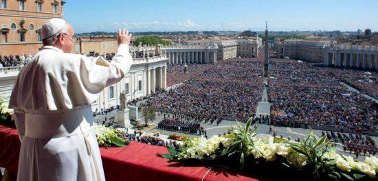 Апостол Петр — это первый папа римский согласно истории?